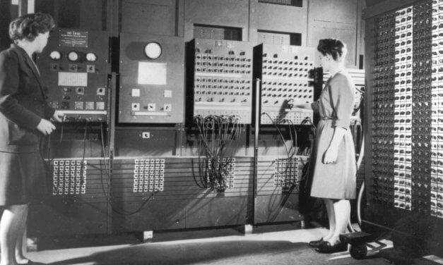 Escola de programação oferece bolsa de 80% para 100 mulheres